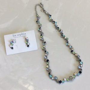 NWT Lia Sophia Set Necklace & Earrings good gift